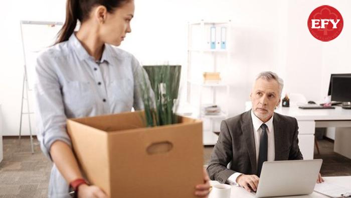 Bị sa thải có được hưởng bảo hiểm thất nghiệp không