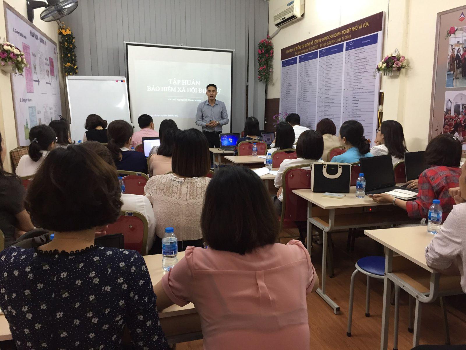 EFY Việt Nam tập huấn cho giảng viên Trung tâm kế toán Hà Nội-ảnh1